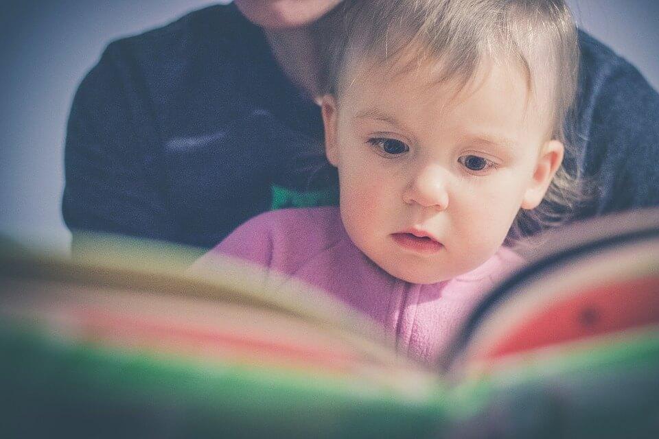 Książeczki ze szlaczkami – wybierz takie z ulubionymi bohaterami dziecka